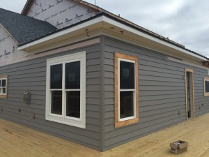 insulated siding installer